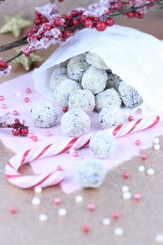 Advent beads candy candy cane Free Photo
