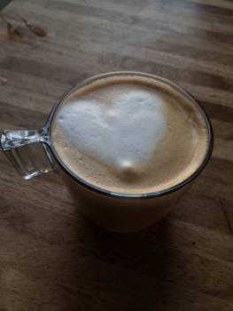 Coffee shop heart froth milk heart love Free Photo