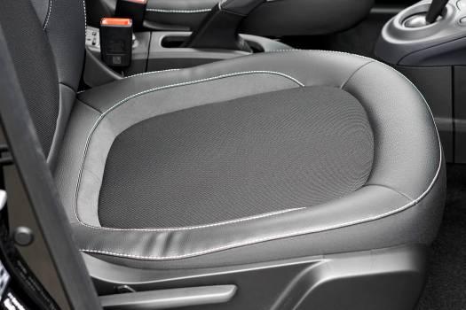 Auto automobile belt car Free Photo