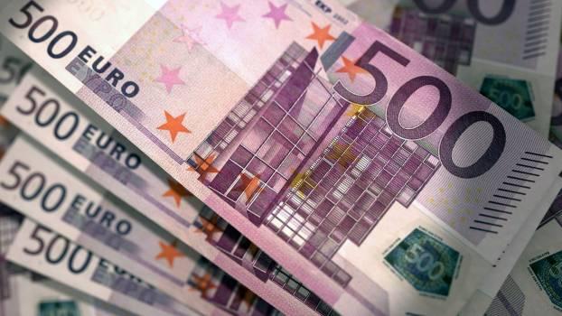 3d 500 blender cash Free Photo