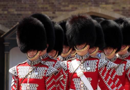 Buckingham palace guards hats london #68434