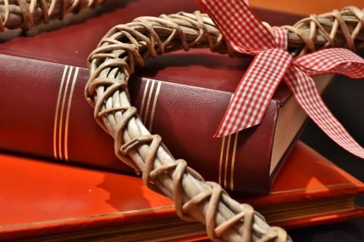 Book braid close decoration Free Photo