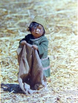 Child floating indigenous island Free Photo