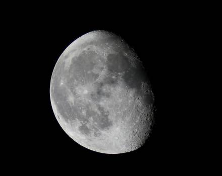 Astronomy cosmos moon moonlight Free Photo