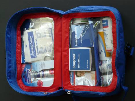 Container doctor on call dressings emergency doctor kit #71411