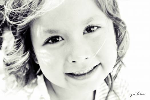 Black and white child contact eyes #71671