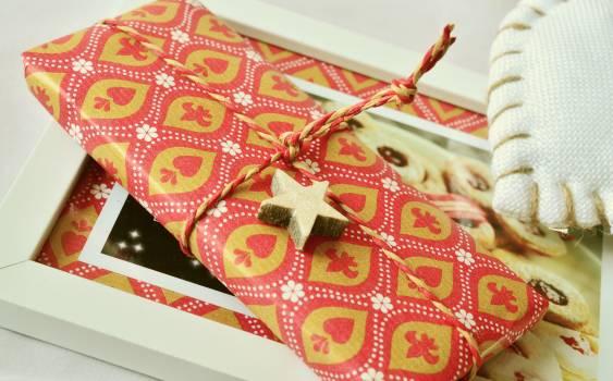 Christmas christmas gift cord gift Free Photo