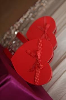 Gift gift box heart love Free Photo