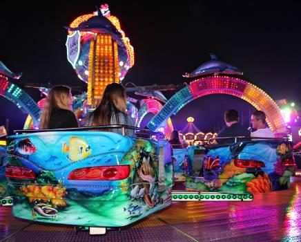 Abendstimmung caption carnies carousel #74103