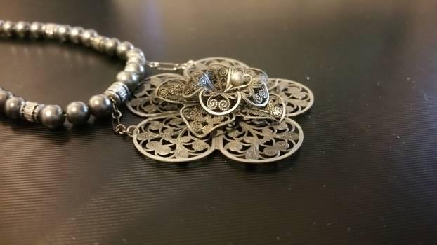Design flower glow jewelry #74512