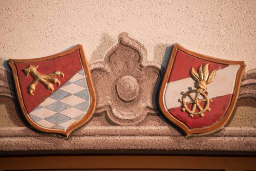 Coat of arms community crest facade fire Free Photo