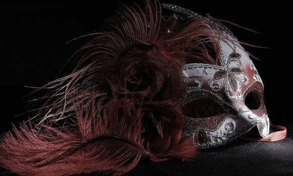 Light painting mask red venetian Free Photo