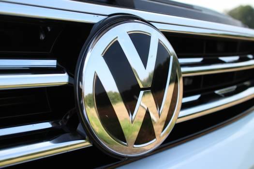 Auto automotive car dare Free Photo