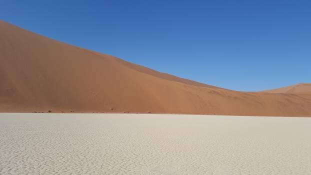 Desert dune enormous landscape Free Photo