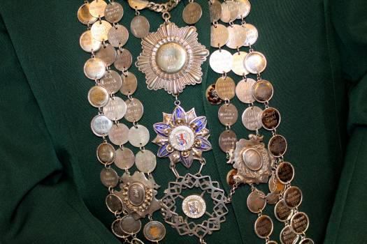 Customs dusseldorf king chain protect Free Photo