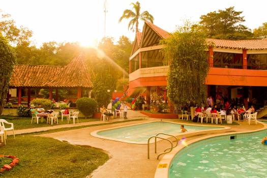 Club colombia pool resource Free Photo