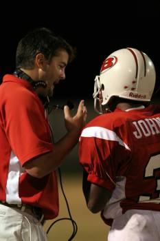 Active american coach coaching Free Photo