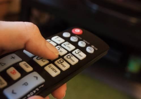Button figures press remote control Free Photo