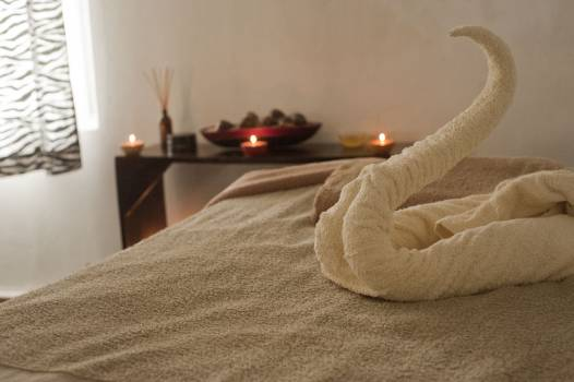 Bed bedroom blanket candles Free Photo