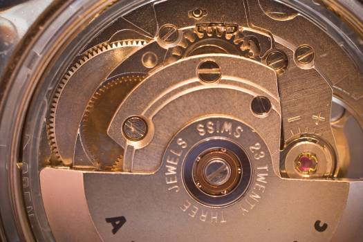 Automatic watch feinmechanik gears macro Free Photo