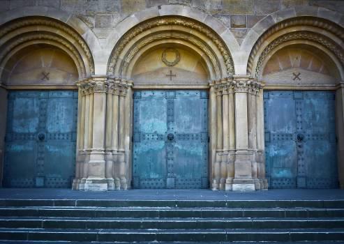 Church door dusseldorf facade Free Photo