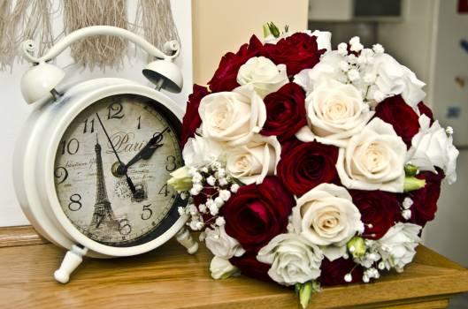 Alarm clock hour measure Free Photo