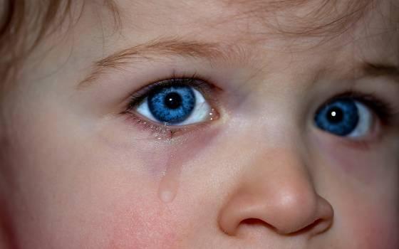 Blue eye children s eyes cry emotion Free Photo