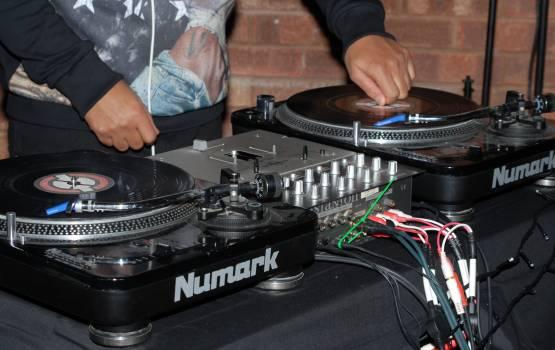 Decks dj entertainment equipment Free Photo