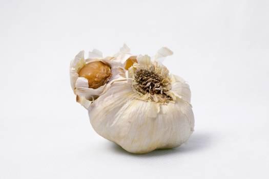 Garlic vegetable Free Photo