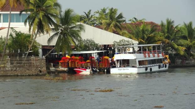 A boating destination Free Photo