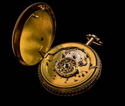 Antique brass classic clock #94805