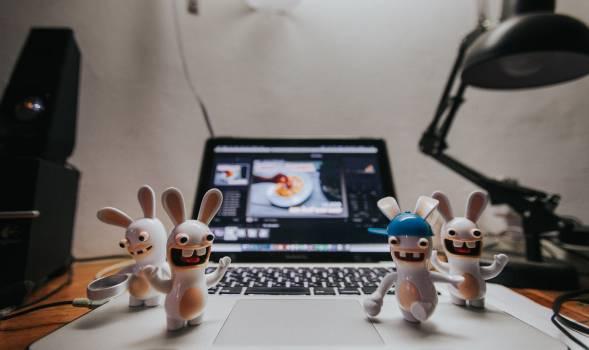 Desk macbook unny #95149