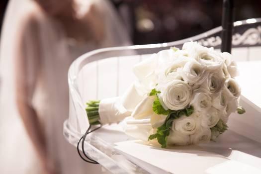Beautiful blur bouquet bridal Free Photo