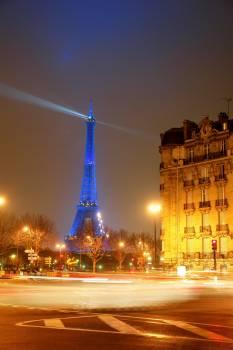 Attraction eiffel tower france landmark #99336