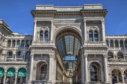 Architecture culture duomo di milano galleria vittorio emanuele Free Photo